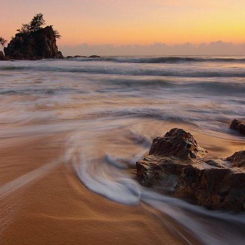 Beach By Bobbi Brown